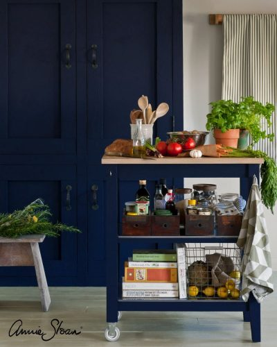Oxford Navy kitchen image 1